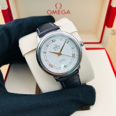 OMEGA De Ville Prestige 32.7mm Stainless Steel Silver Dial Automatic 424.13.33.20.52.001