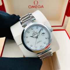 OMEGA De Ville Ladymatic 34mm Stainless Steel White Mother of Pearl Dial Automatic 425.30.34.20.55.002