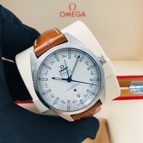 OMEGA Globemaster 41MM Stainless Steel Silver Dial Automatic  130.33.41.22.02.001