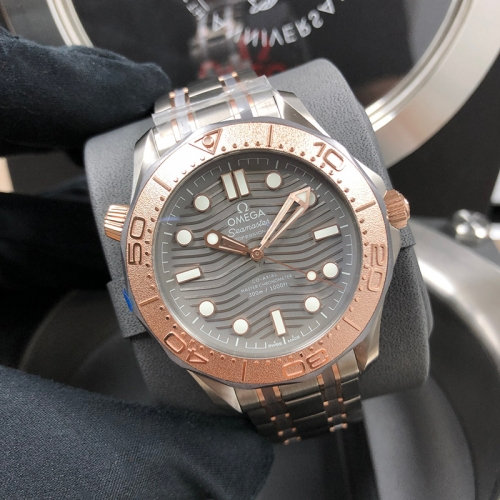 OMEGA Diver 300 42mm Titanium、tantalum-Rose Gold Grey Dial Automatic 210.60.42.20.99.001